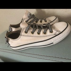 Converse all star womens shoes size 6